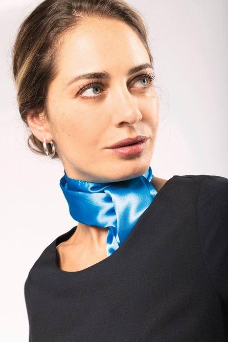 Saténový šátek - zvìtšit obrázek